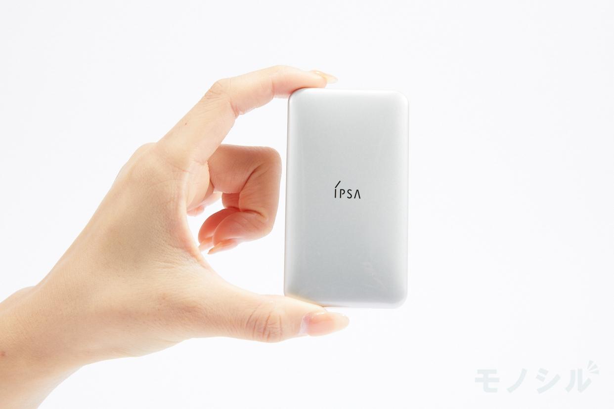 IPSA(イプサ) クリエイティブコンシーラーeの商品画像3 商品を手で持って撮影した画像