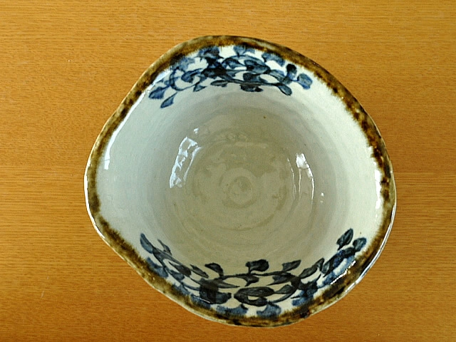 M'home style(エムズホームスタイル) ラーメン鉢 美濃焼 手書きたこ唐草 19.5cmの商品画像3