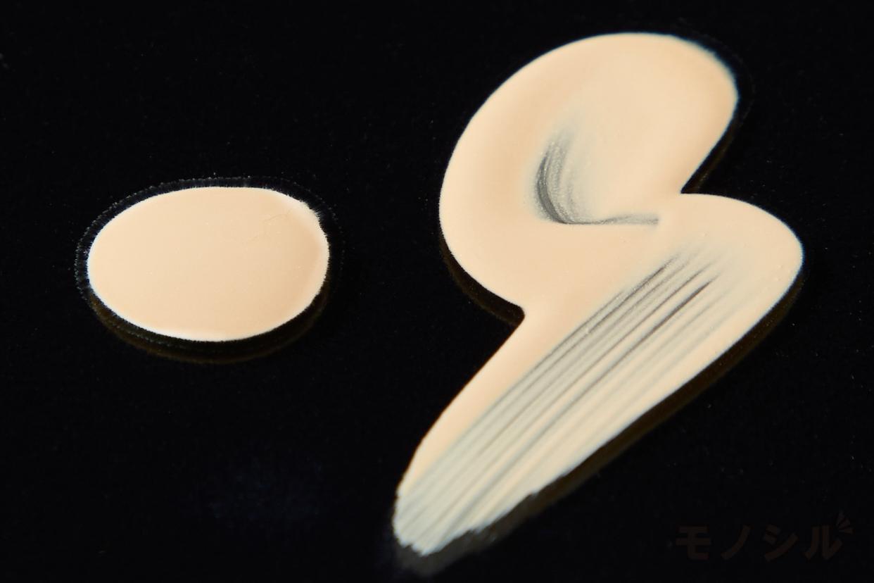 SUQQU(スック) ヌード ウェア リクイド EXの商品のテクスチャーの画像