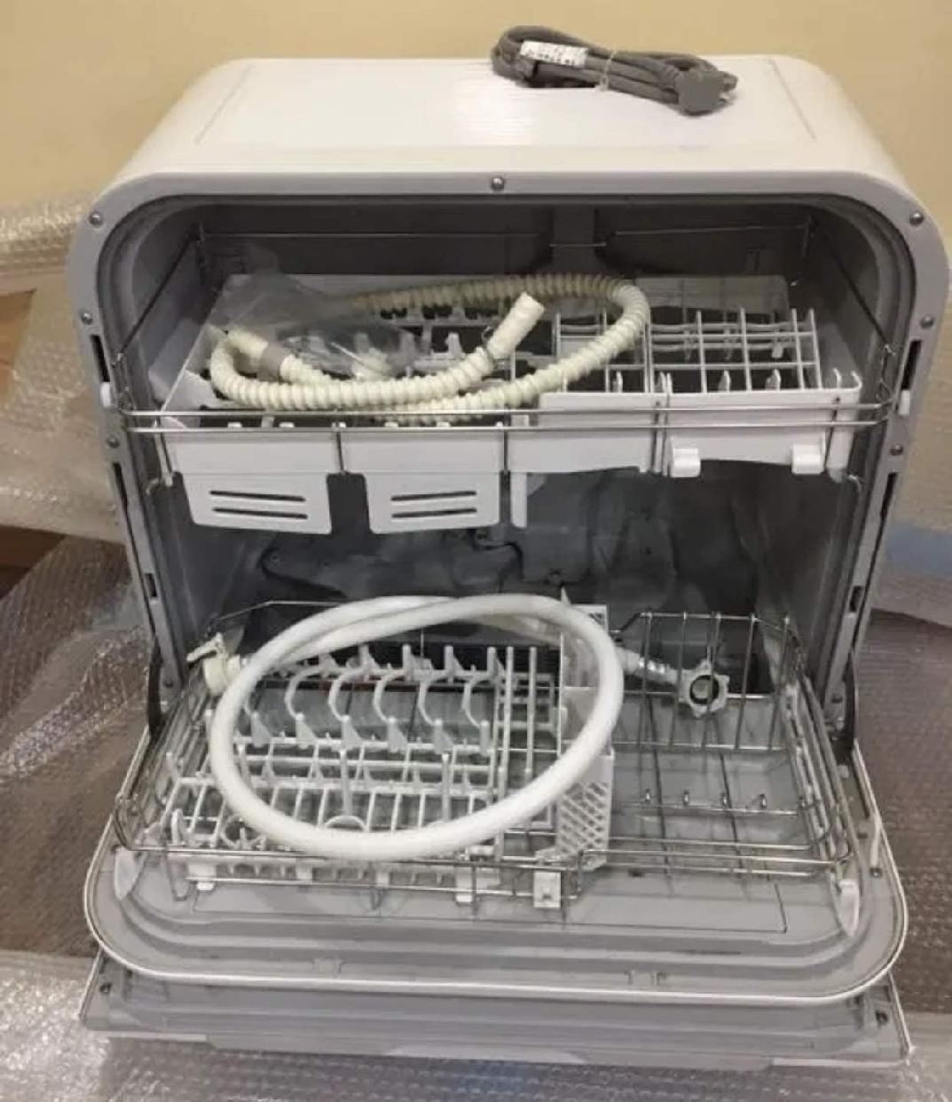 Panasonic(パナソニック) 食器洗い乾燥機 NP-TM9-W(ホワイト)の商品画像