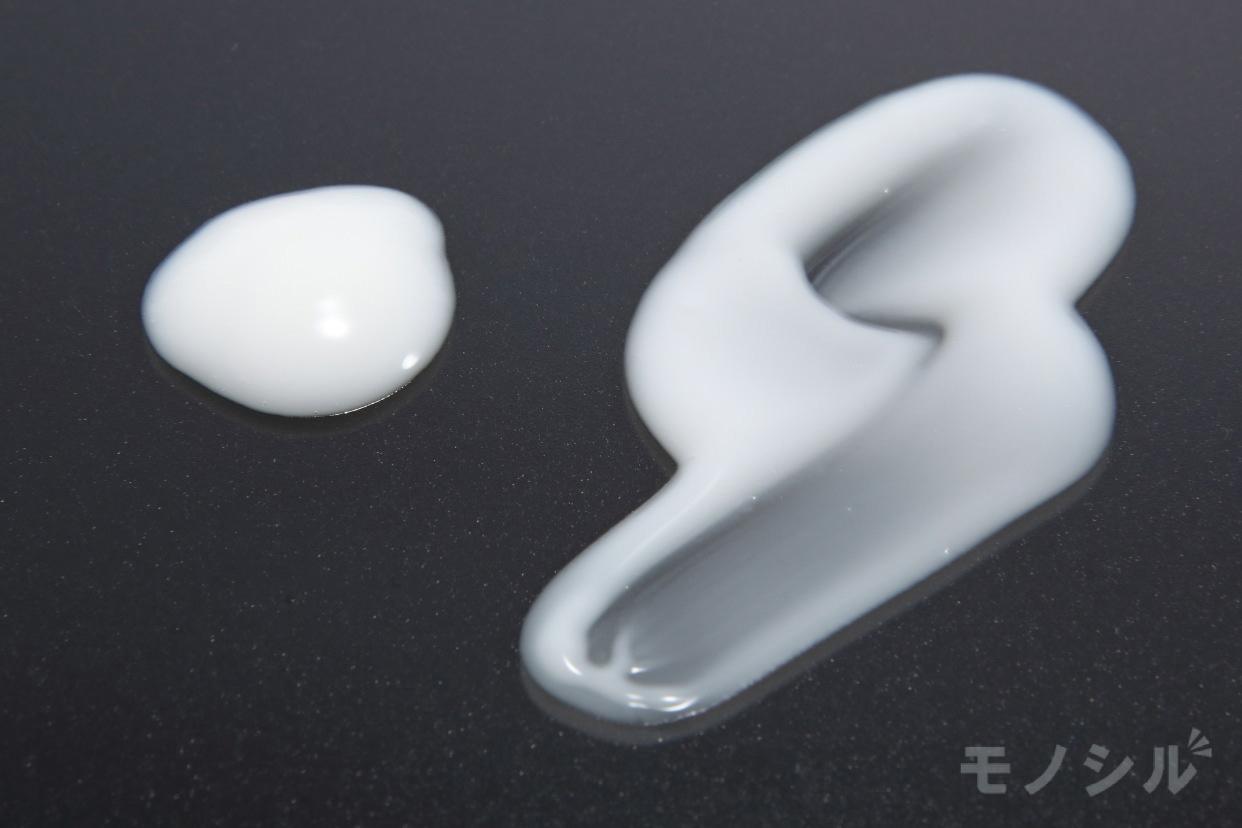 Curél(キュレル) 美白ケア 乳液の商品画像5 商品のテクスチャ−