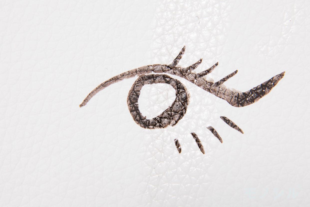 Love Liner(ラブ・ライナー)リキッドの商品を塗ったあとの落ちにくさの検証