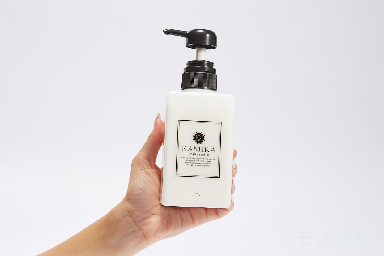 KAMIKA(カミカ)オールインワン黒髪クリームシャンプーの手持ちの商品画像
