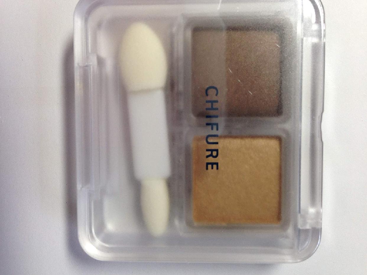 CHIFURE(ちふれ)ツイン カラー アイシャドウの商品画像