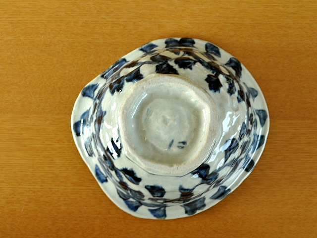M'home style(エムズホームスタイル) ラーメン鉢 美濃焼 手書きたこ唐草 19.5cmの商品画像4