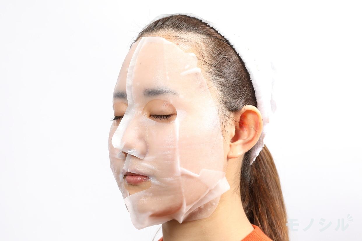 肌美精(HADABISEI) 3D濃厚プレミアムマスク (保湿)の商品画像6 実際に商品をつけた様子