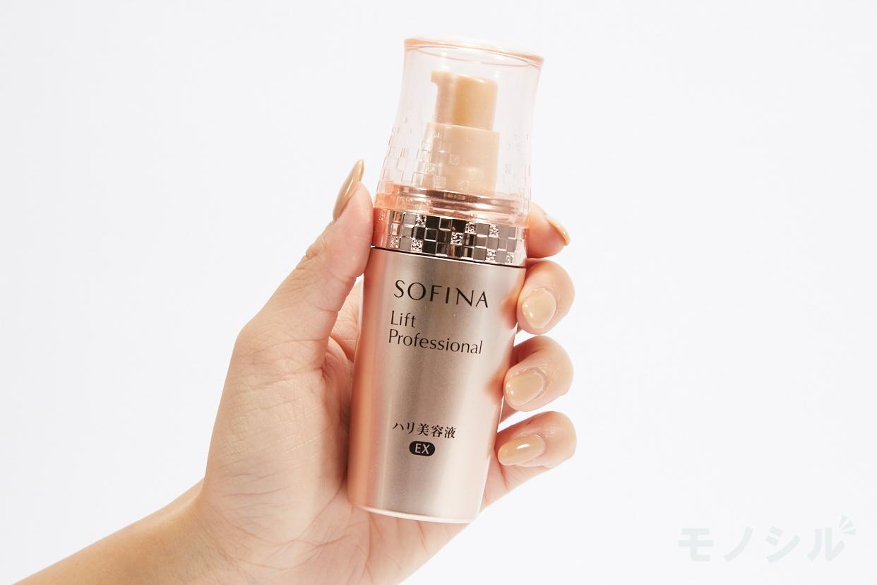 SOFINA Lift Professional(ソフィーナ リフトプロフェッショナル) ハリ美容液 EXの商品画像2 商品を手で持ったシーン