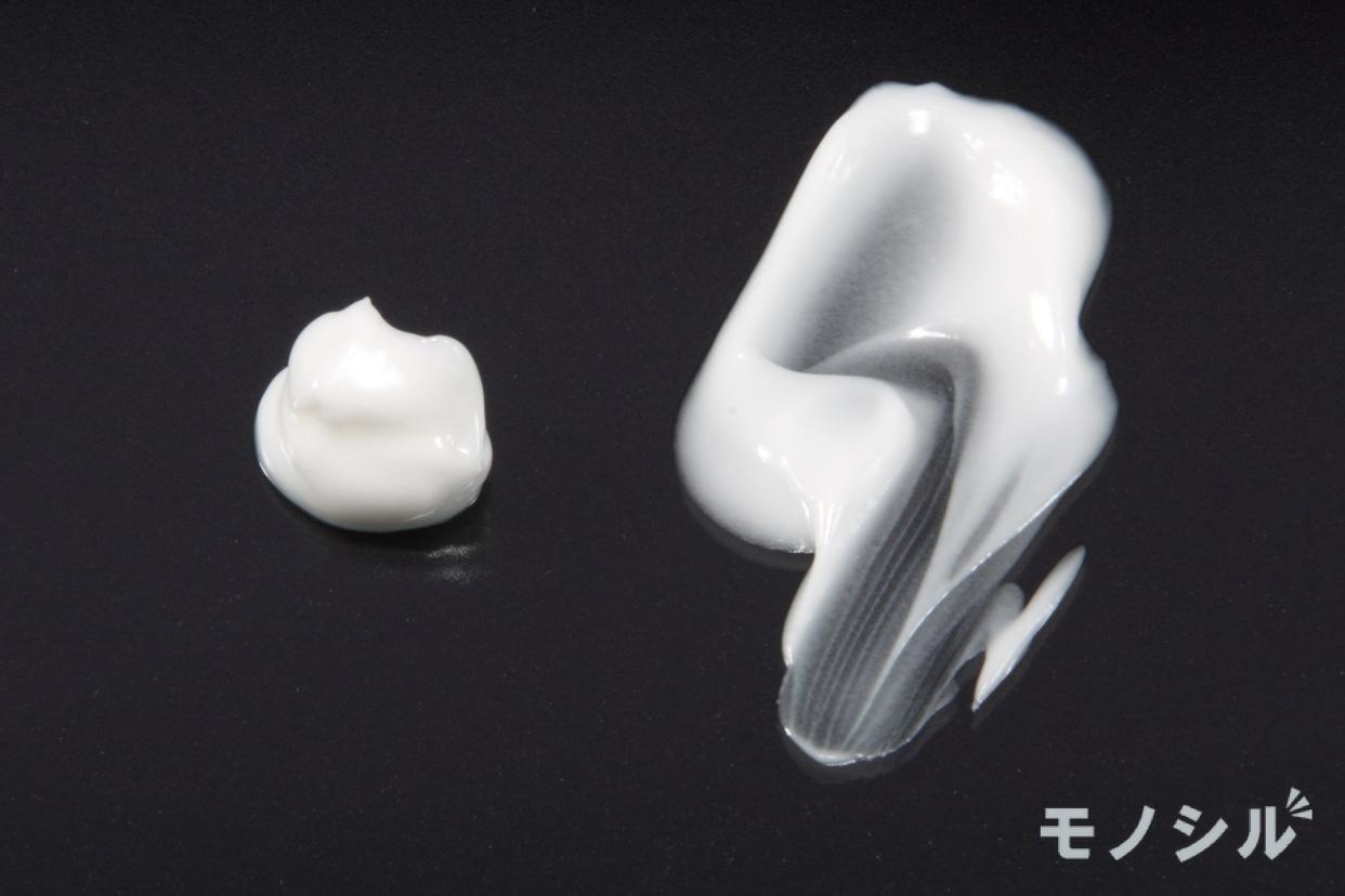 Curél(キュレル) 美白ケア フェイスクリームの商品のテクスチャー