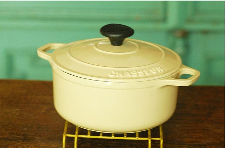 CHASSEUR(シャスール) ラウンドキャセロール24cm CH37224PKの商品画像4