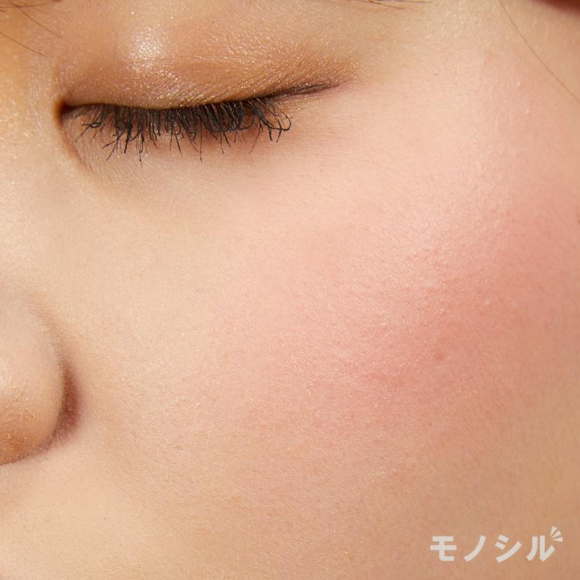 CANMAKE(キャンメイク)クリームチークの実際に頬に塗った商品の使用イメージ