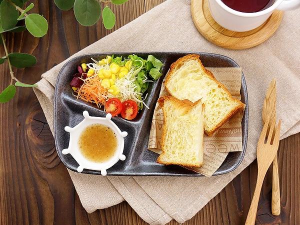K'sキッチン(ケーズキッチン)粉引 スタックランチプレート ブラック 22.7cmの商品画像
