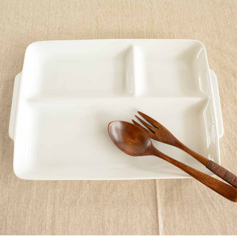 大和陶器(ヤマトトウキ)軽量うすかる 持ち手付き スクエアランチプレート 白の商品画像2