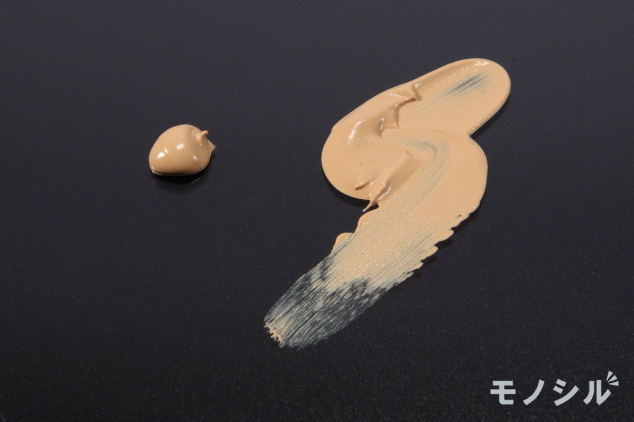 ASTALIFT(アスタリフト)BB クリームのテクスチャーの比較画像