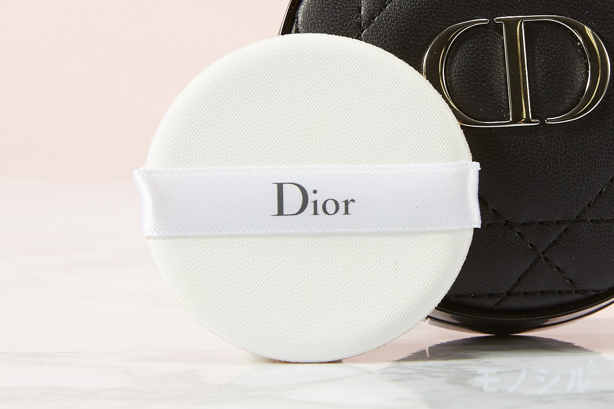 Dior(ディオール) スキン フォーエヴァー クッションの商品画像3 商品に付属しているパフの画像