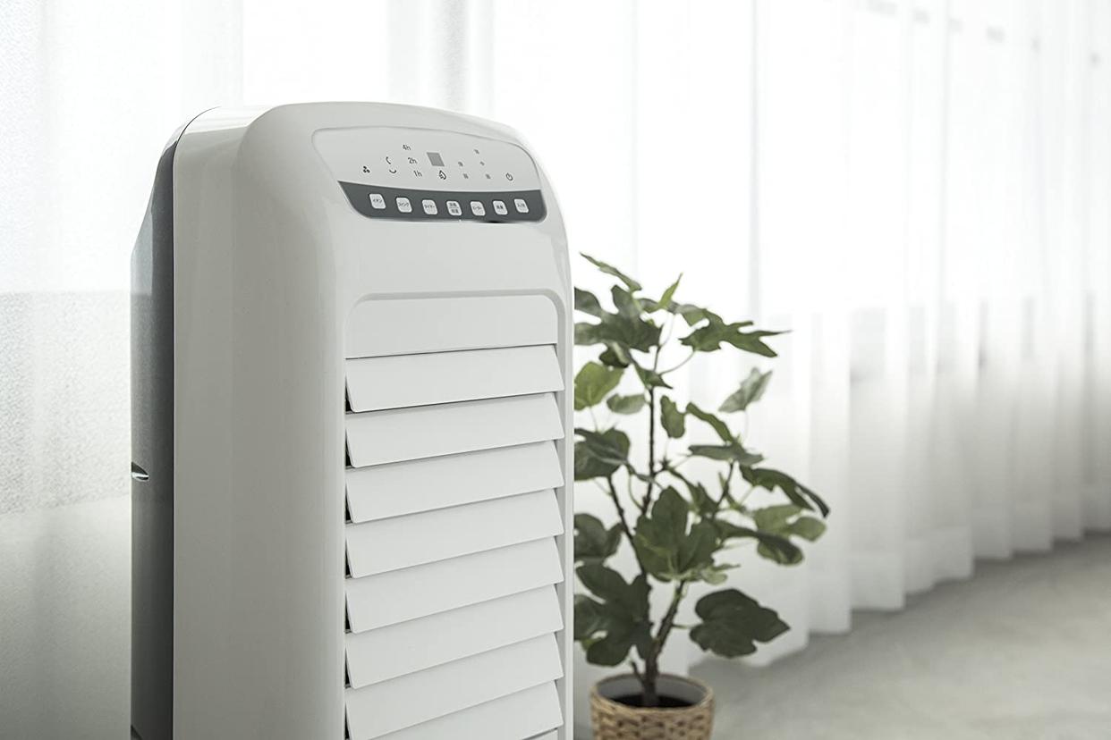 THREEUP(スリーアップ) 加湿機能付温冷風扇 ヒート&クール HCT1802の商品画像10
