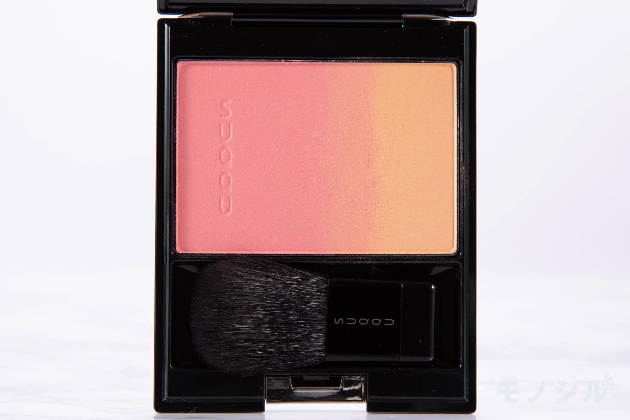 SUQQU(スック) ピュア カラー ブラッシュの商品画像2 商品中身の接写