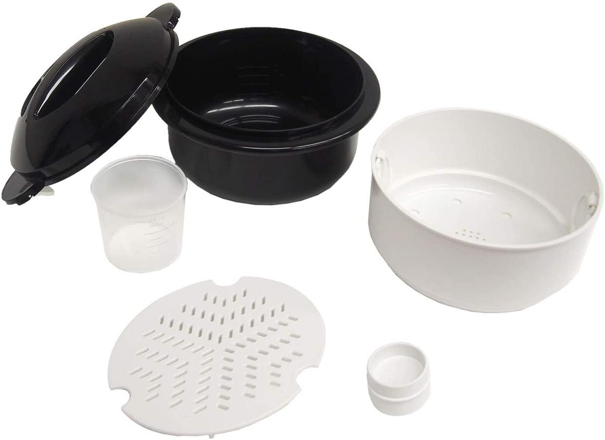 富士パックス販売 圧力弁でおいしく炊ける電子レンジ用炊飯器 FP-336の商品画像