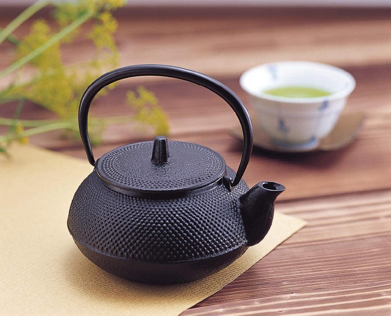 岩鋳(Iwachu) 鉄瓶兼用急須 5型新アラレ ブラックの商品画像5
