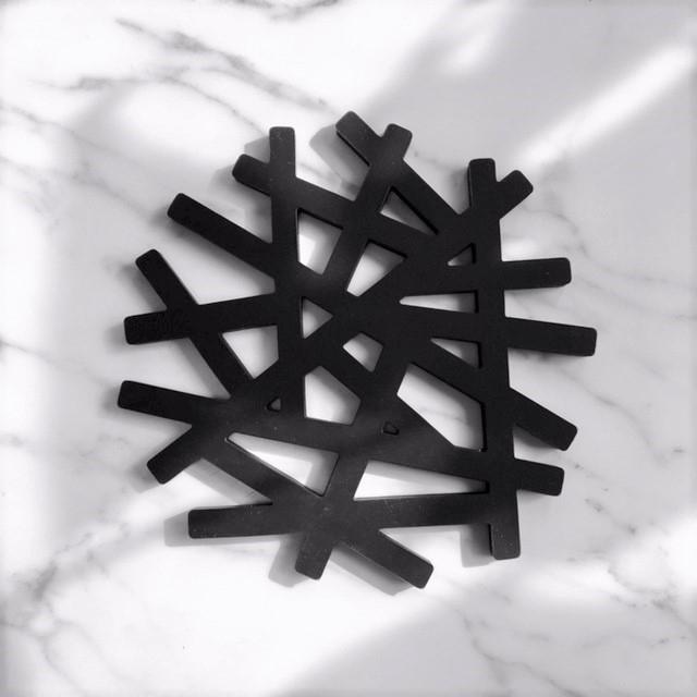 art of black(アートオブブラック) 鍋敷き 鳥の巣 枝 tree ブラック potstand-03001の商品画像