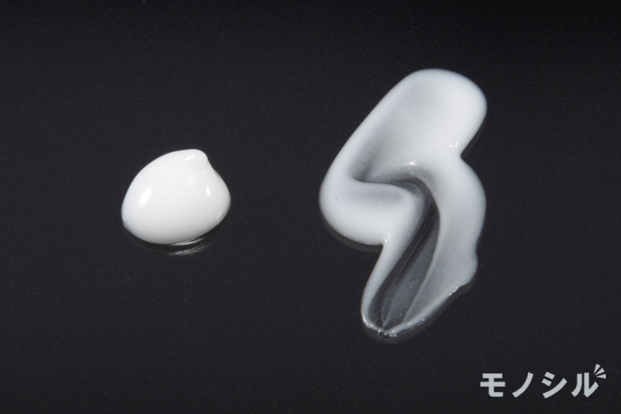 肌ラボ(HADALABO) 白潤プレミアム 薬用浸透美白クリームの商品のテクスチャー