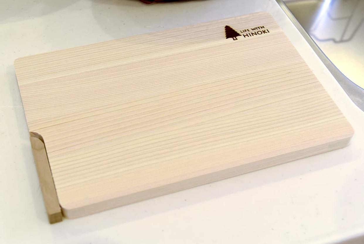 ウメザワ 自立スタンド式 東濃ひのきのまな板の商品画像2