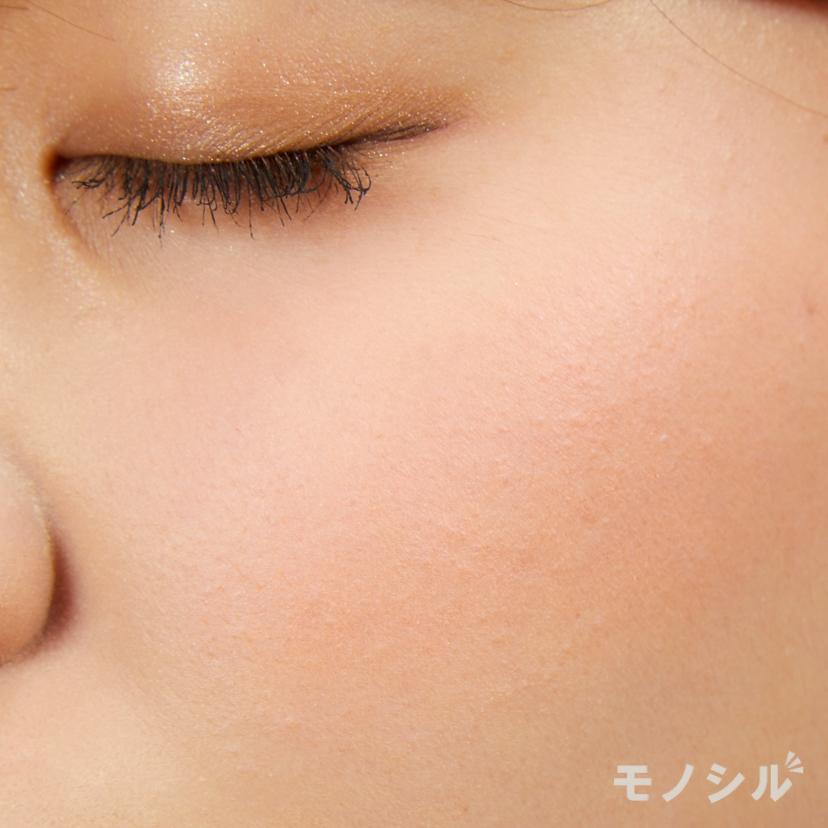 IPSA(イプサ)デザイニング フェイスカラーパレットの実際に頬に塗った商品の使用イメージ