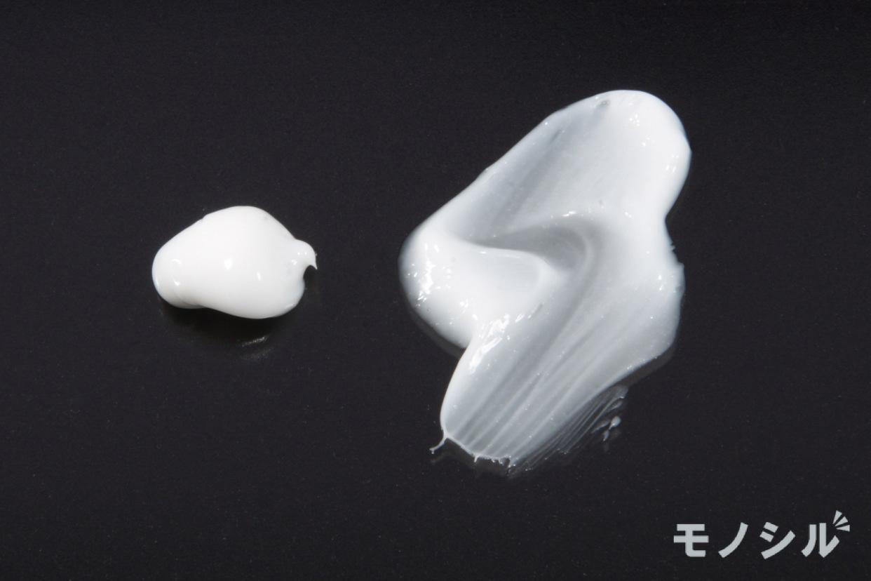 メラノCC(メラノシーシー) 薬用しみ対策 保湿クリームの商品のテクスチャー