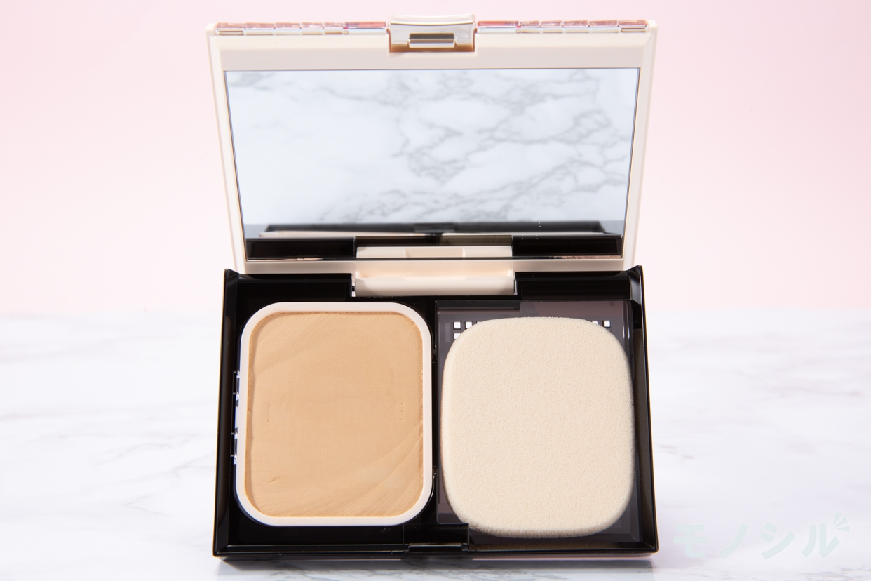 MAQuillAGE(マキアージュ) ドラマティックパウダリー UVの商品画像2 商品のふたを開けて撮影した画像