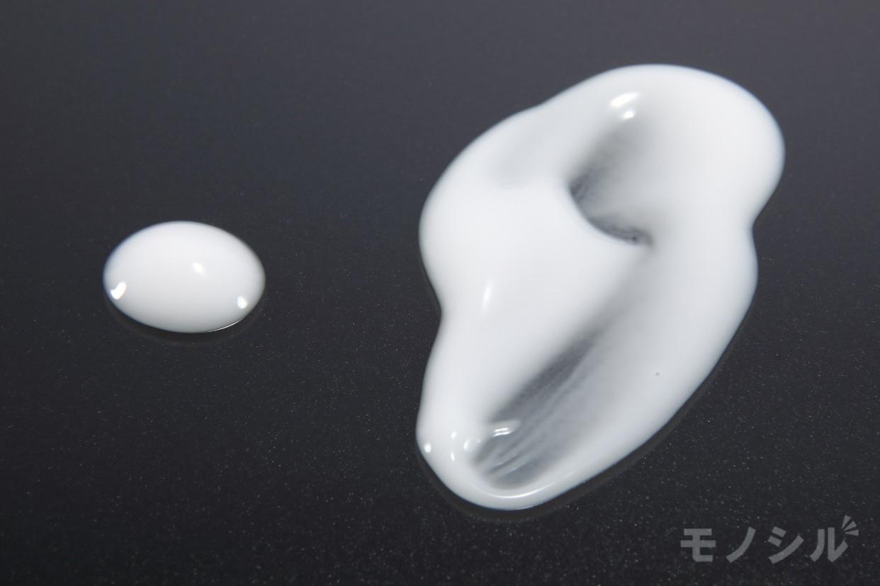 ELIXIR(エリクシール) ルフレ バランシング ミルク Ⅱの商品画像5 商品のテクスチャ−