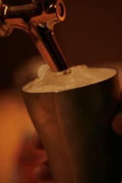 SHIROKANE 錫のビアカップ キングの商品画像3