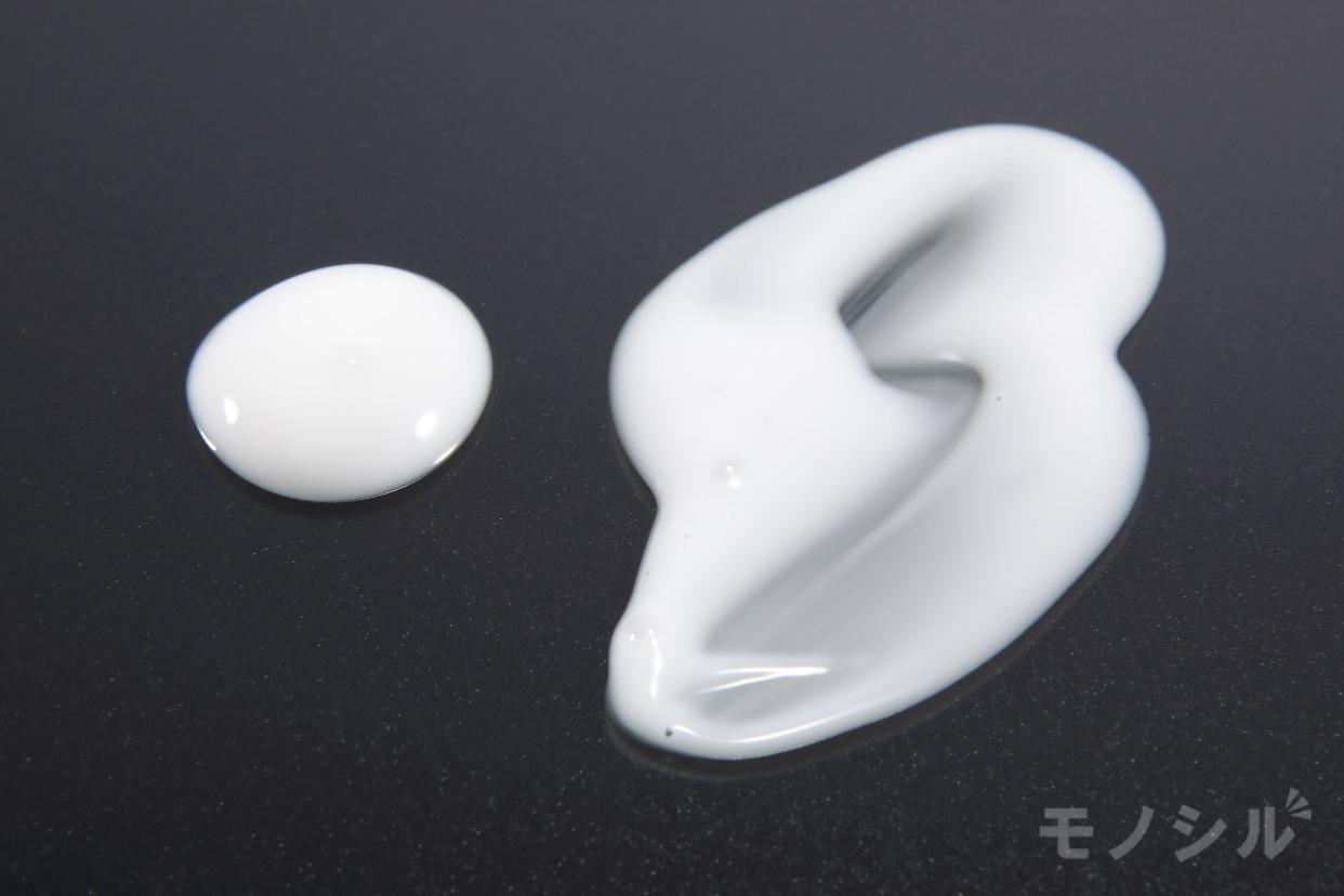 ALOVIVI(アロヴィヴィ) ハトムギうるおいミルクの商品画像5 商品のテクスチャ−