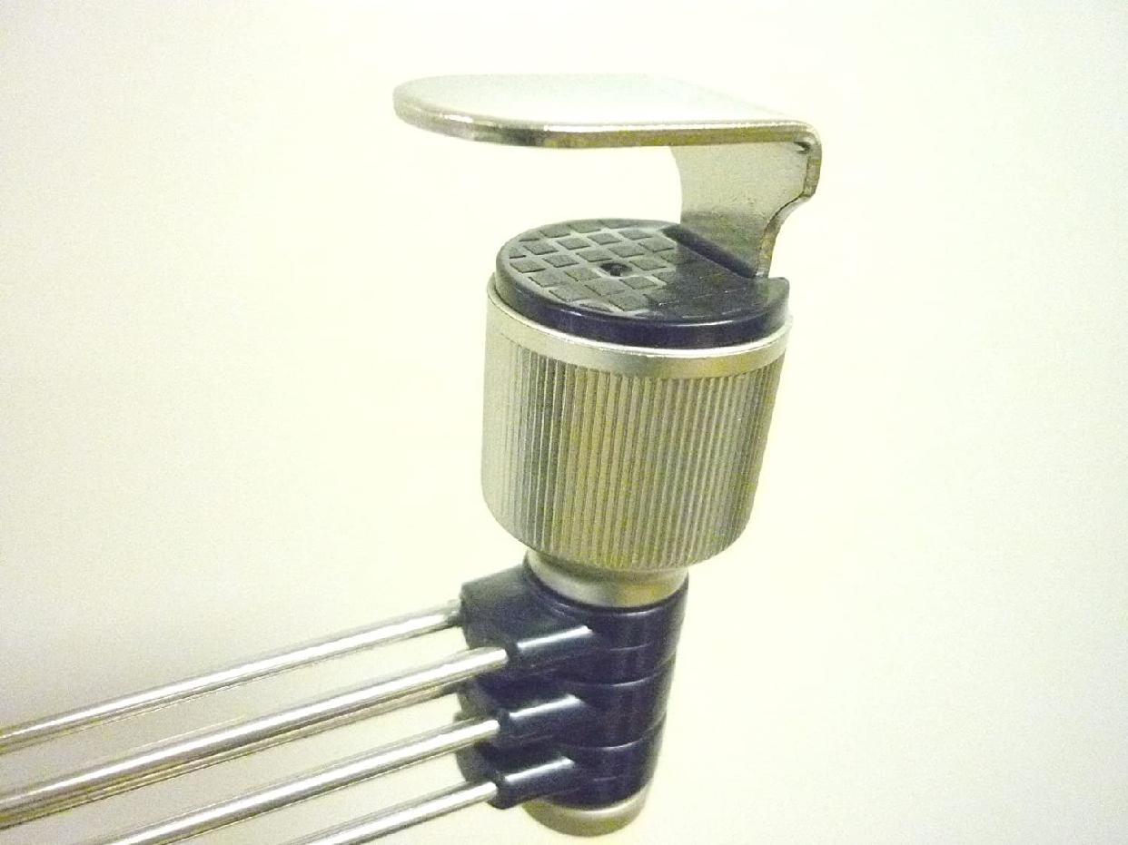 ASVEL(アスベル)レア フキン掛け 3本 ステンレス 吊戸棚用の商品画像3