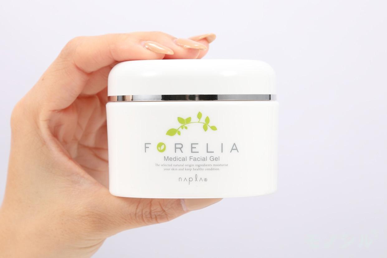 napla(ナプラ) フォーレリア メディカルフェイシャルゲルの商品画像2 商品を手で持ったシーン