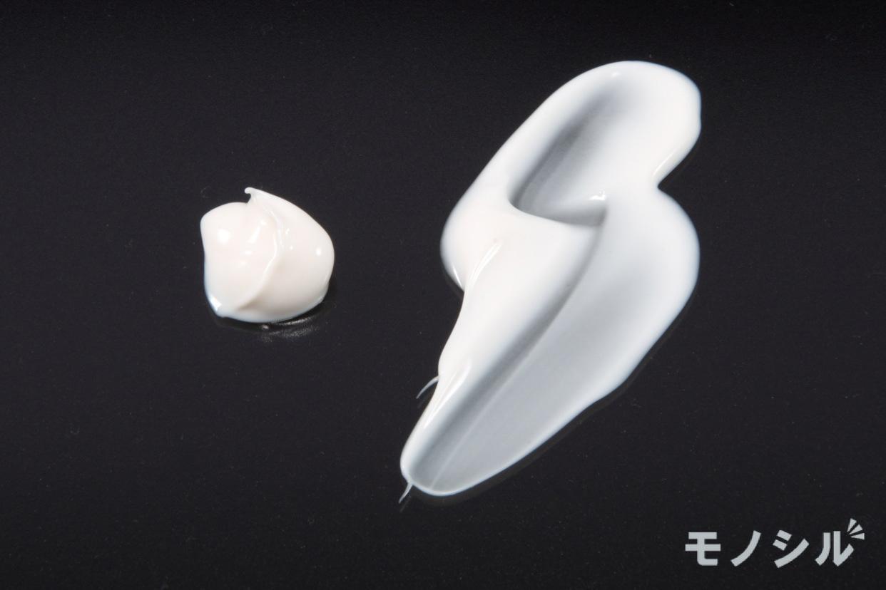 ELIXIR(エリクシール) ホワイト エンリッチド クリアクリーム TBの商品画像5 商品のテクスチャー