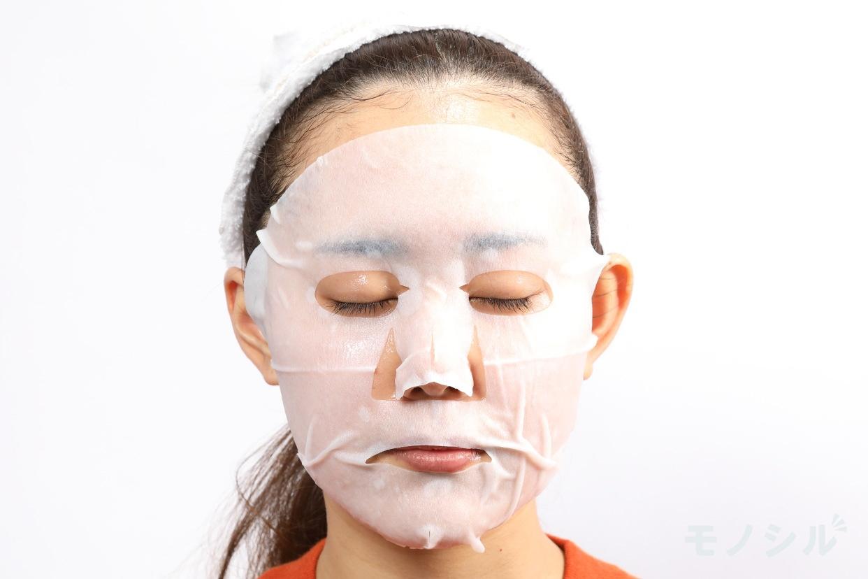 BOTANIST(ボタニスト) ボタニカルシートマスクの商品画像4 実際に商品をつけた様子