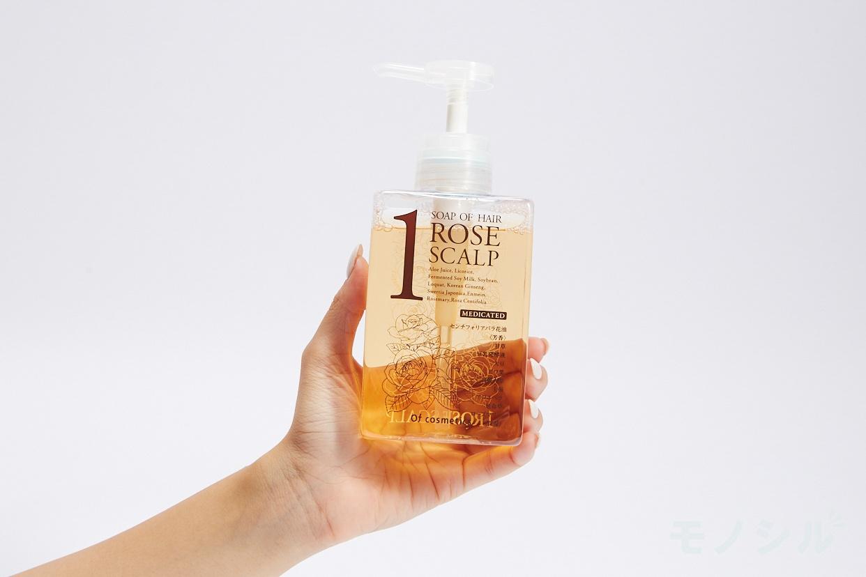 Of cosmetics(オブ・コスメティックス) 薬用ソープオブヘア・1-ROスキャルプ (ローズブーケの香り)の商品画像2 Of cosmetics(オブ・コスメティックス) 薬用ソープオブヘア 1-ROスキャルプ の商品の手持ちの画像