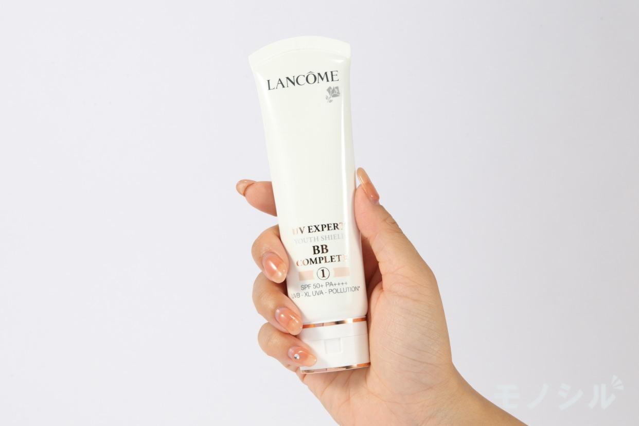 LANCOME(ランコム) UV エクスペール BB nの商品画像2 商品を手で持って撮影した画像
