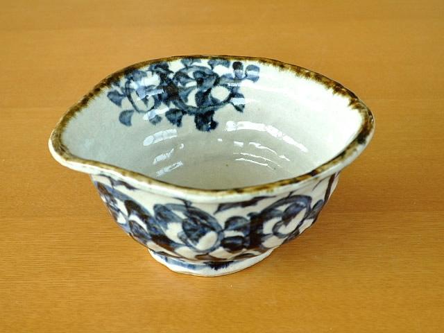 M'home style(エムズホームスタイル) ラーメン鉢 美濃焼 手書きたこ唐草 19.5cmの商品画像2