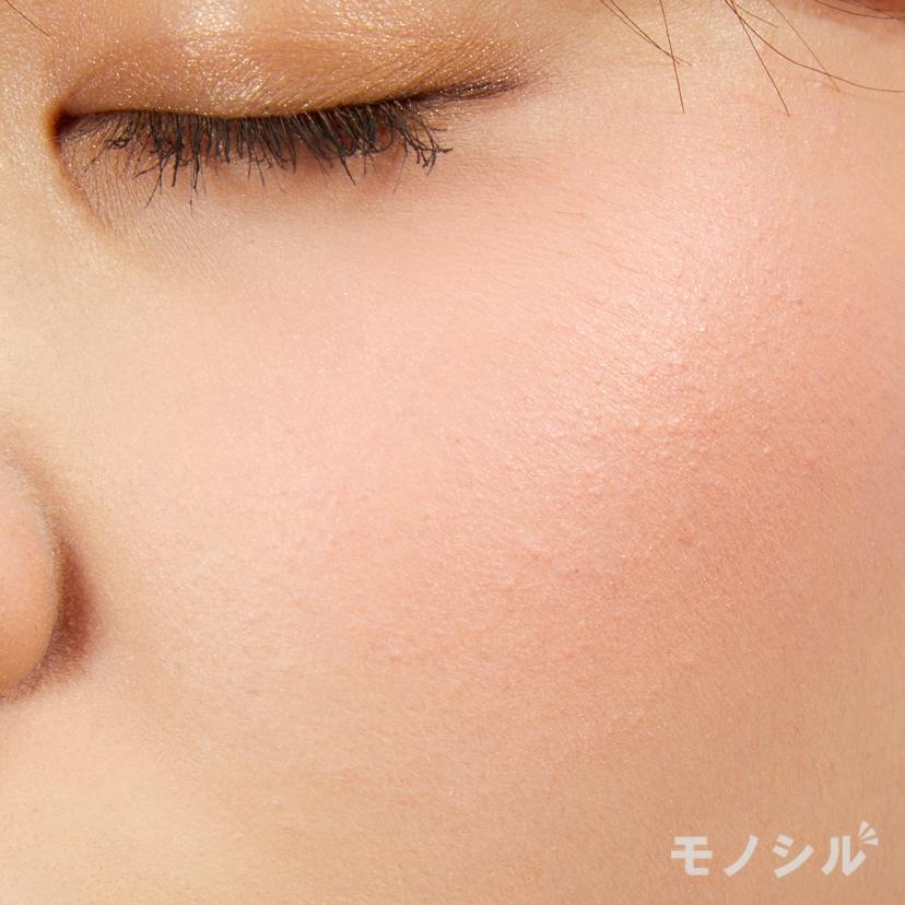 SUQQU(スック) ピュア カラー ブラッシュの商品画像6 実際に頬に塗った商品の使用イメージ