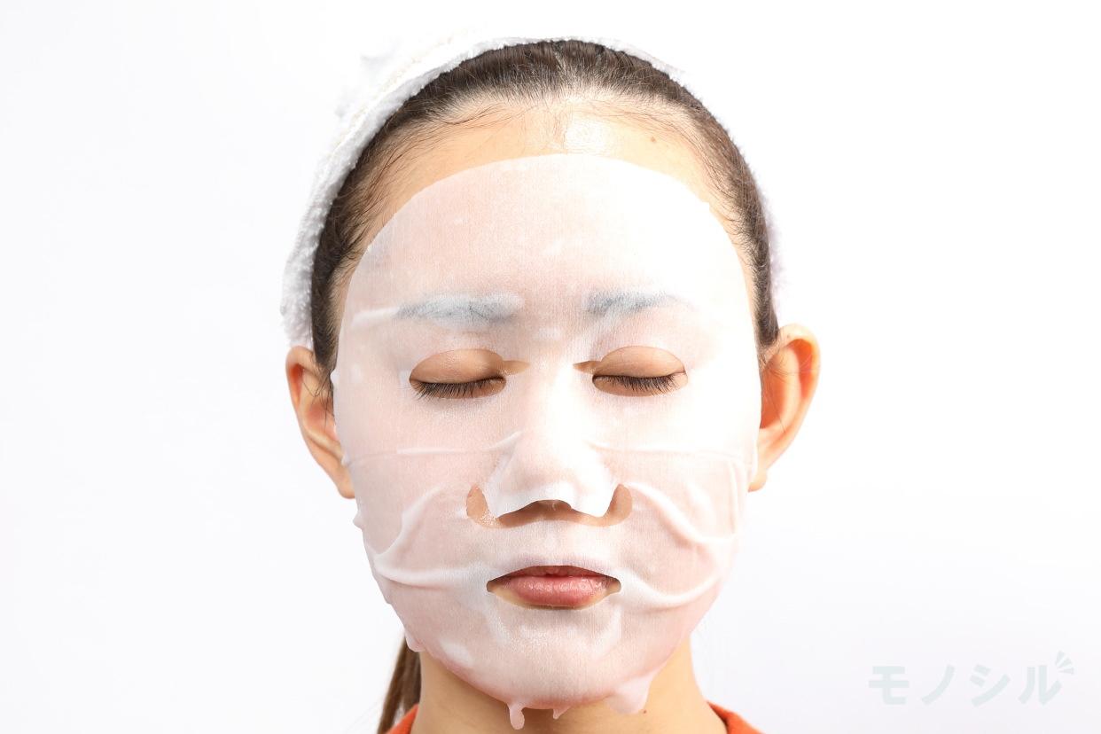 LuLuLun(ルルルン) プレシャス GREEN 肌メンテナンスのGREENの商品画像4 実際に商品をつけた様子