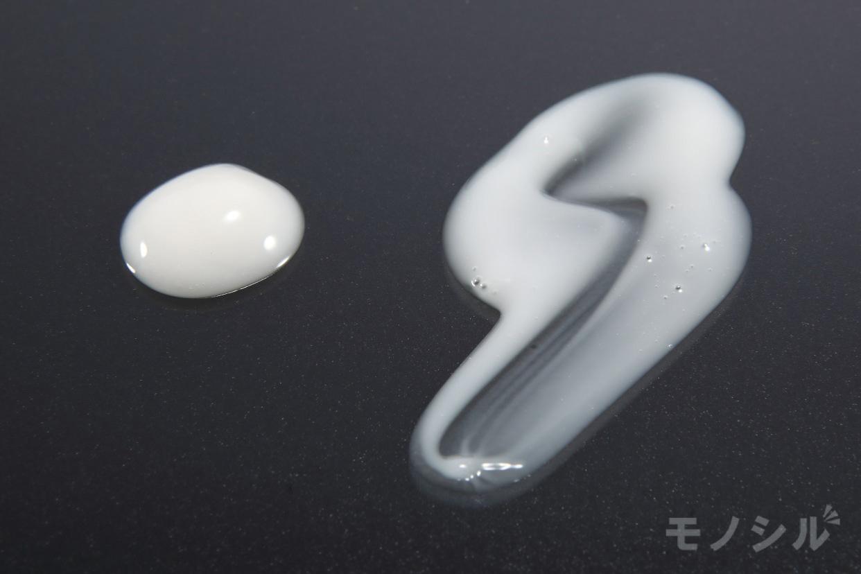 Si BODY(シーボディ) イデアアクト プラチナVCミルクの商品画像5 商品のテクスチャ−