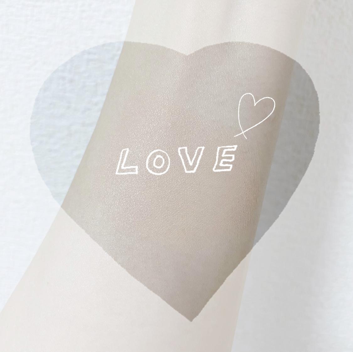 YVES SAINT LAURENT(イヴ・サンローラン) アンクル ド ポー ルクッションの良い点・メリットに関する大崎美佳さんの口コミ画像1