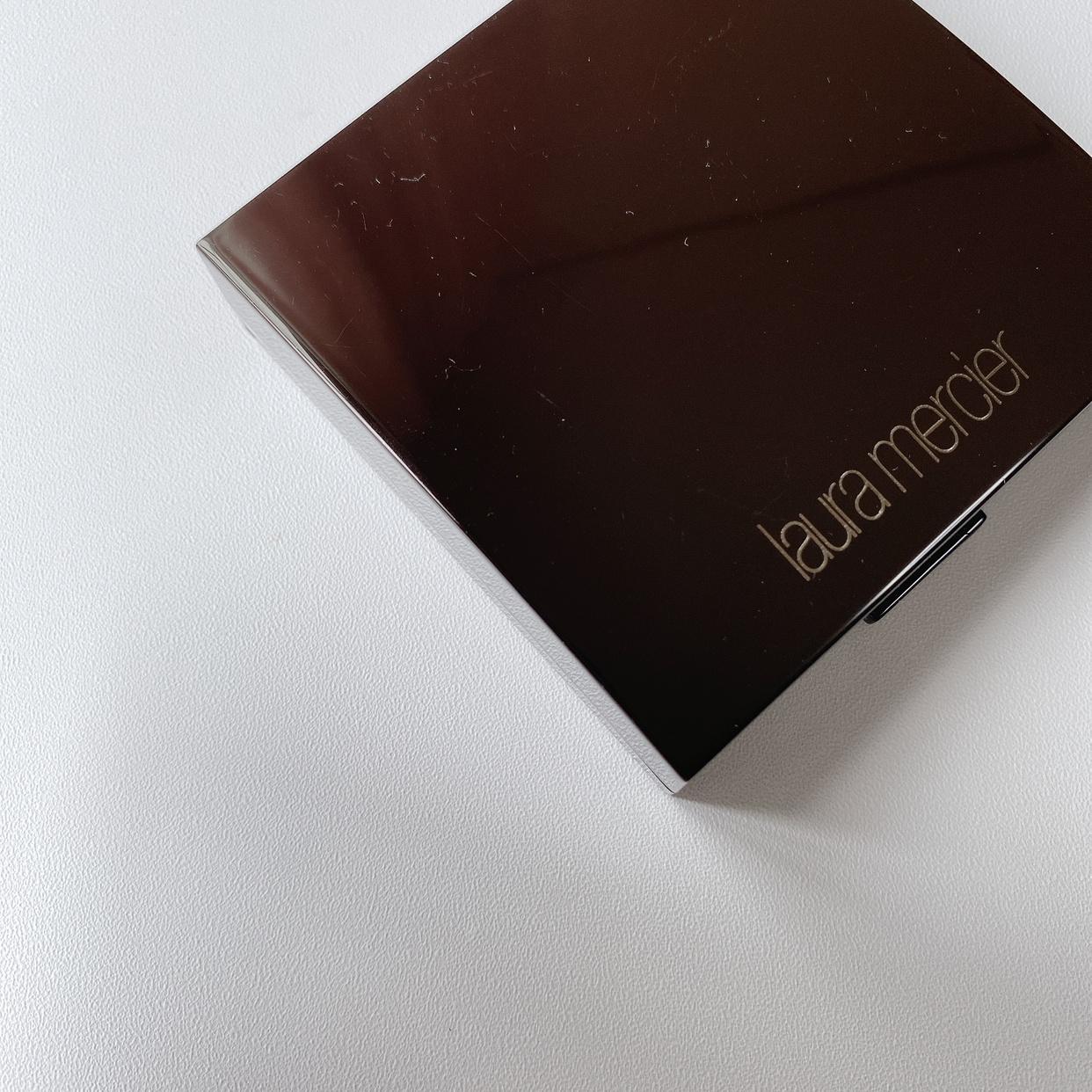 laura mercier(ローラ メルシエ)マットラディアンス ベイクドパウダー ハイライトを使ったMiiさんのクチコミ画像1