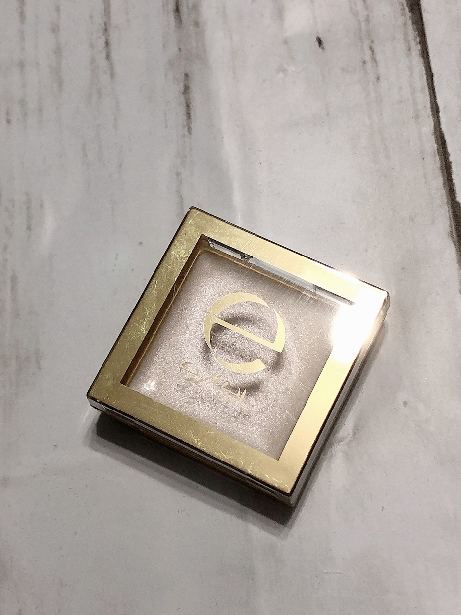 excel(エクセル)シマリングシャドウを使ったコスメラブさんのクチコミ画像