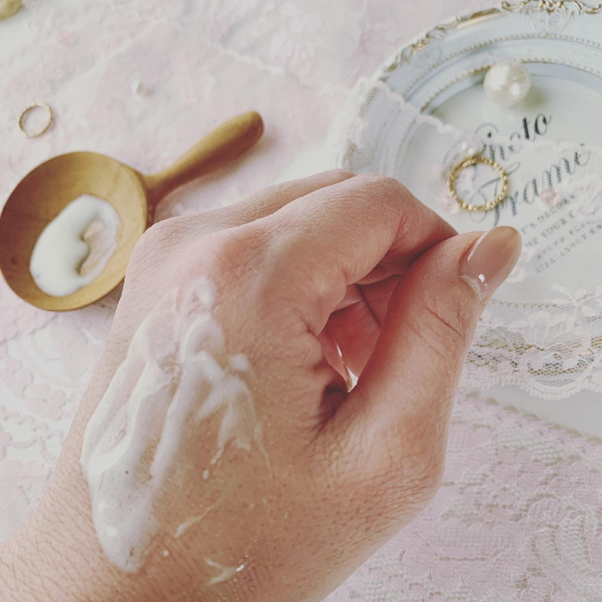 麗凍化粧品(Reitou Cosme) 美容液クリームを使ったRyumamaさんのクチコミ画像3