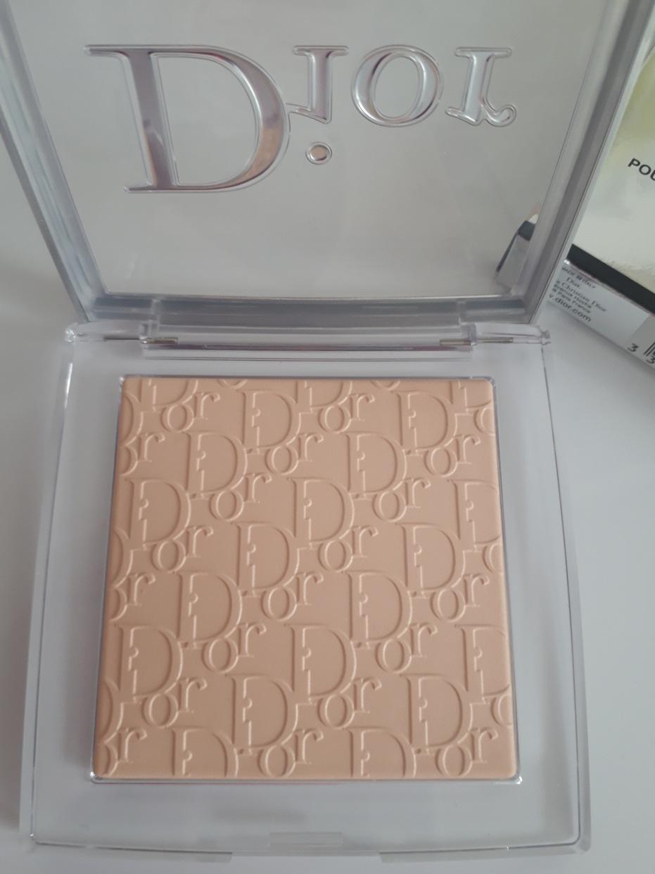 Dior(ディオール) バックステージ フェイス&ボディ パウダーを使ったNorikoさんのクチコミ画像2