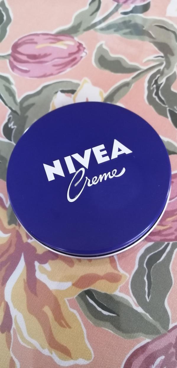 NIVEA(ニベア) クリーム(大缶)に関するシェリンスさんの口コミ画像1