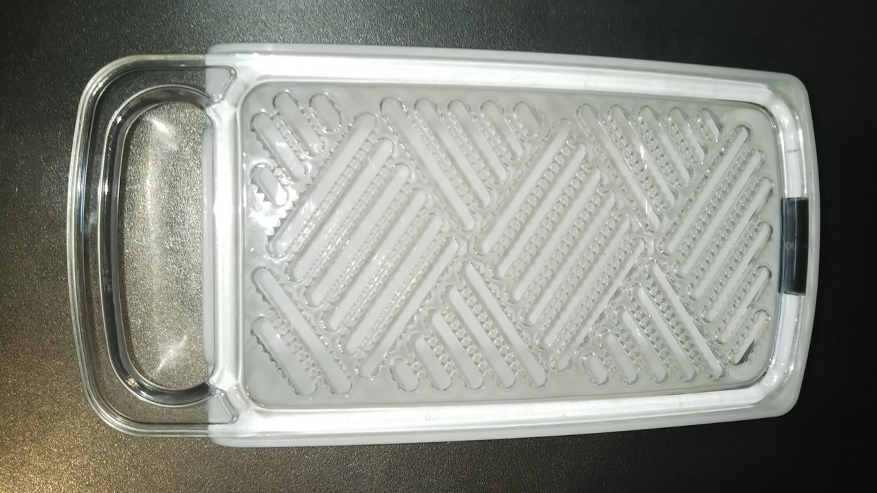 ナカヤ化学産業(ナカヤカガクサンギョウ) すべらないおろし器 K438を使ったはむたさんのクチコミ画像1