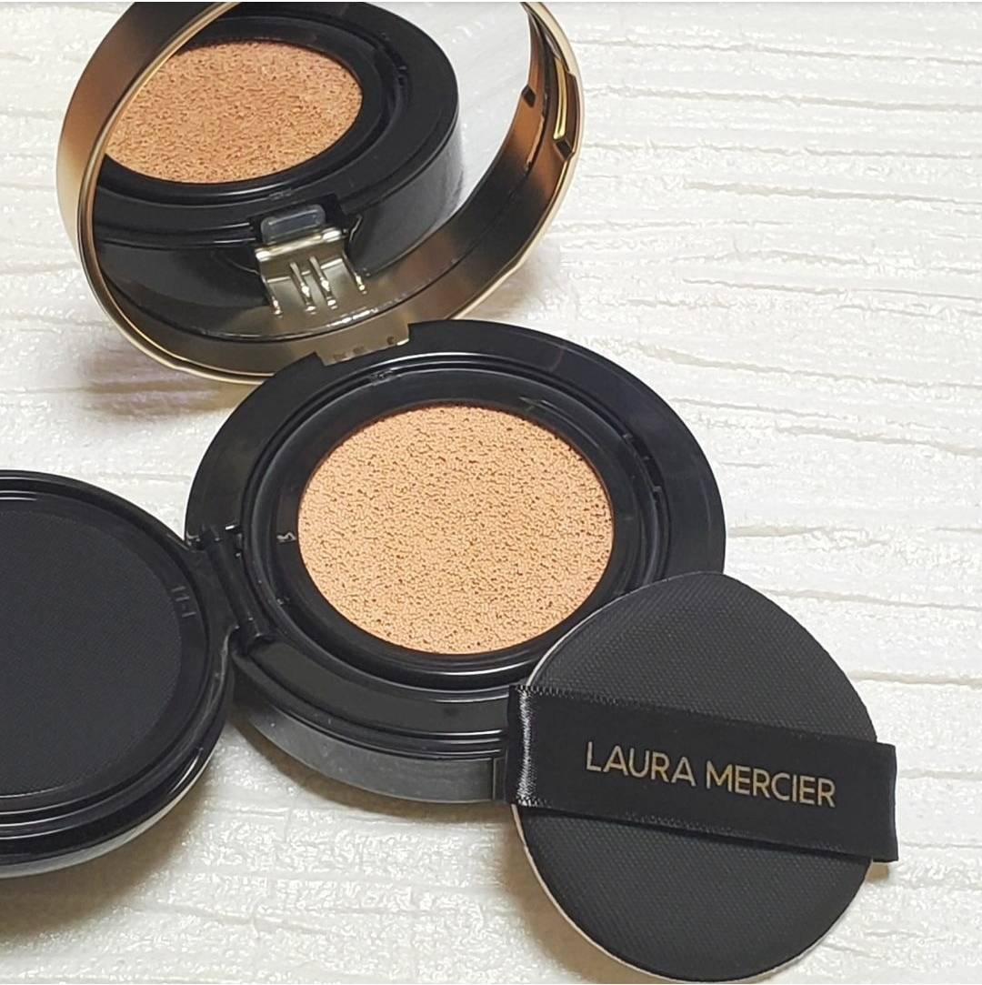 laura mercier(ローラ メルシエ)フローレス ルミエール ラディアンス パーフェクティング クッションを使ったKorさんのクチコミ画像2