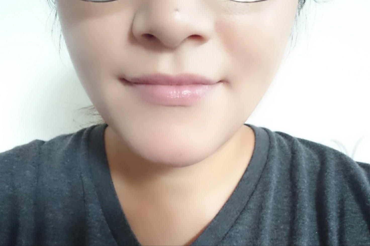 Too Faced(トゥーフェイスド)ハングオーバー  ピロー バーム リップ トリートメントを使った恵未さんのクチコミ画像4